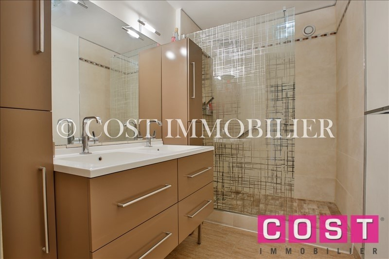 Deluxe sale apartment Courbevoie 1 050 000€ - Picture 9