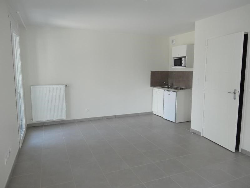 Location appartement Grenoble 633€ CC - Photo 3