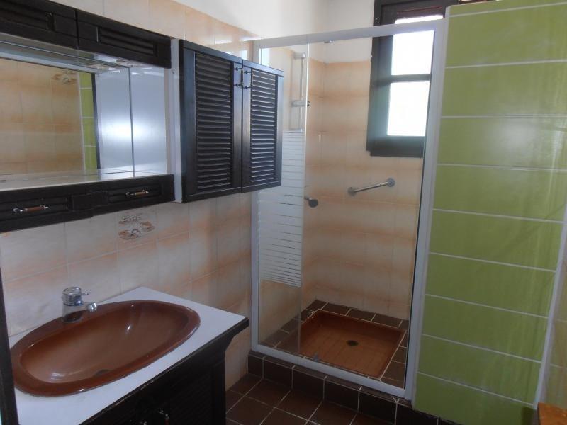 Sale house / villa Le palais sur vienne 119000€ - Picture 8
