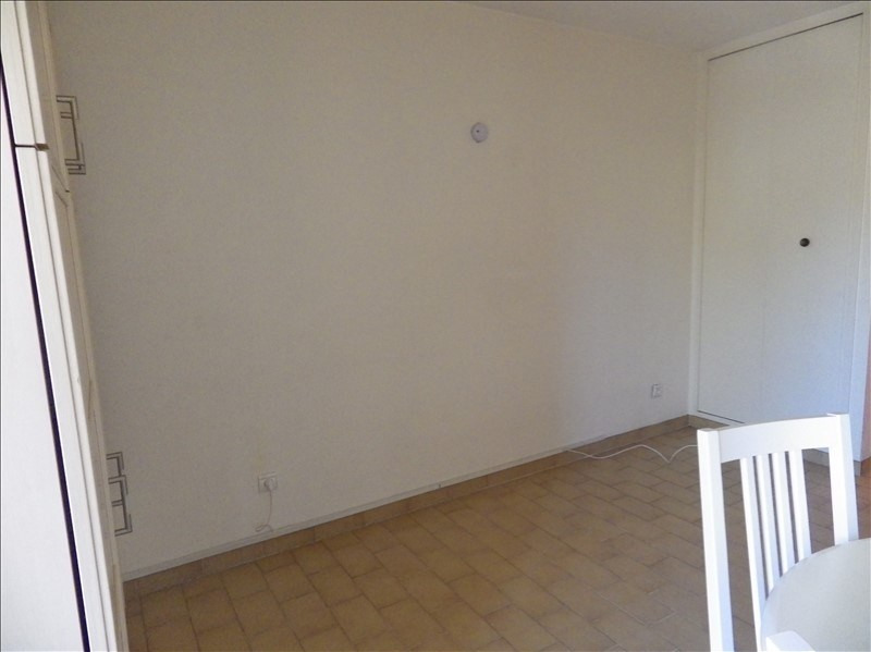 Affitto appartamento Le golfe juan 680€ CC - Fotografia 5