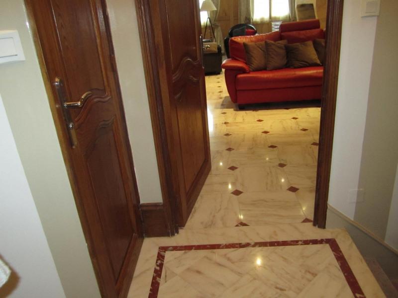 Sale house / villa Barbezieux-saint-hilaire 280000€ - Picture 5