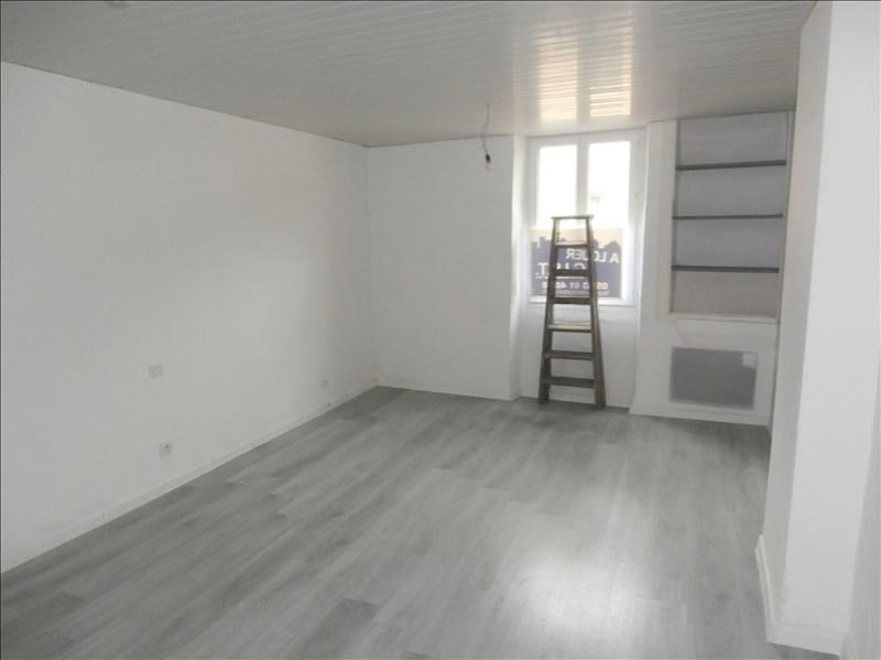 Rental house / villa Secteur de mazamet 380€ CC - Picture 2