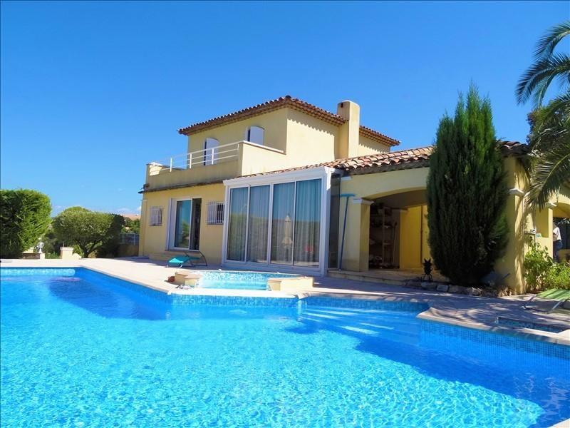 Deluxe sale house / villa Frejus 610000€ - Picture 1