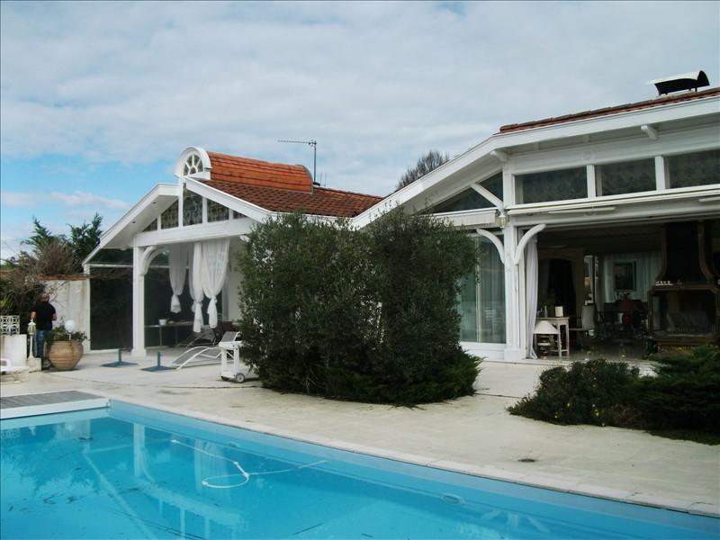 Deluxe sale house / villa St pee sur nivelle 660000€ - Picture 4