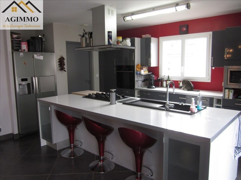 Vente maison / villa L isle jourdain 302 000€ - Photo 3
