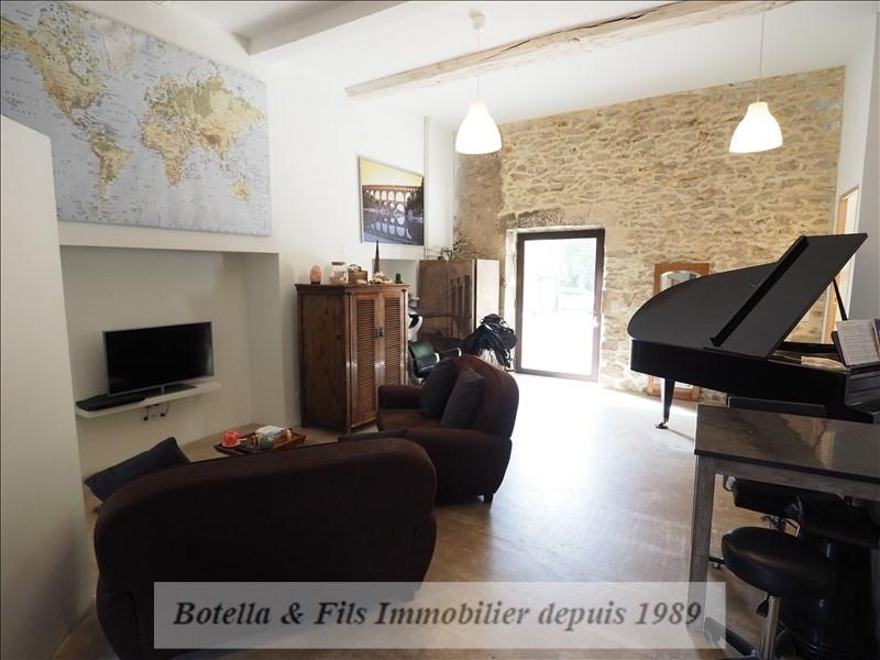 Sale house / villa Laudun 379900€ - Picture 2