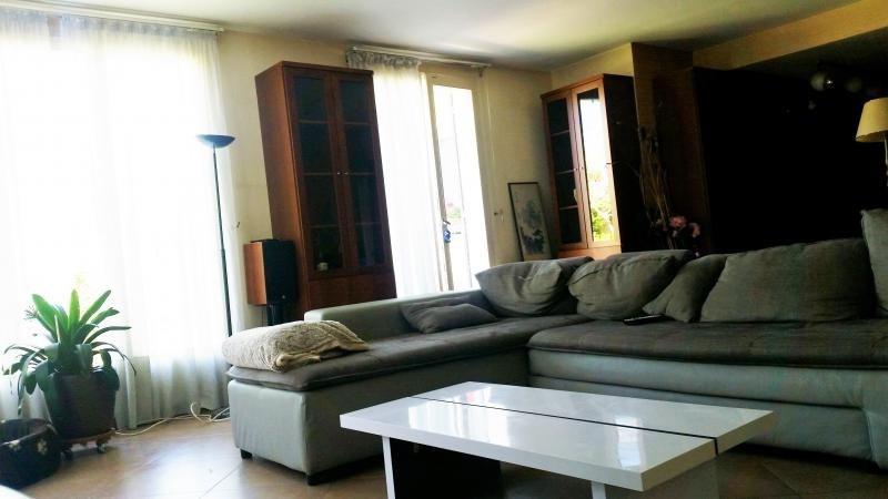 Sale house / villa La queue en brie 439000€ - Picture 3
