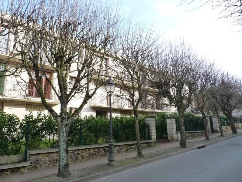 Rental apartment Villennes sur seine 885€ CC - Picture 1
