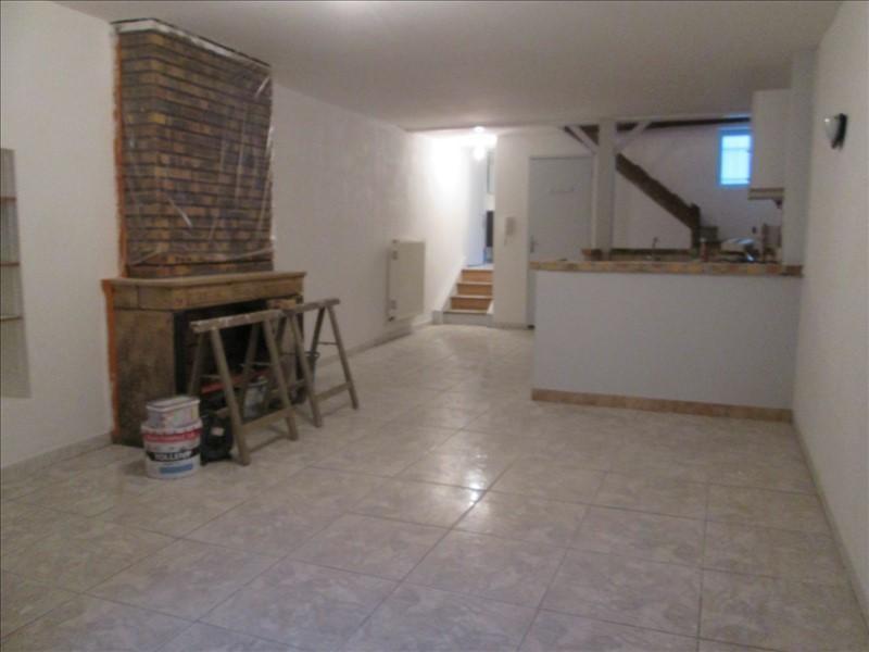 Sale apartment Pont de vaux 148000€ - Picture 2