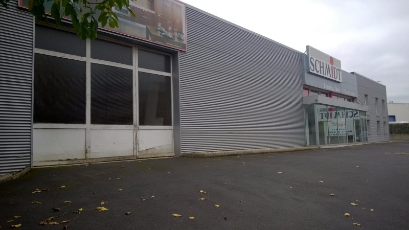 Location local commercial Brives charensac 700€ CC - Photo 1