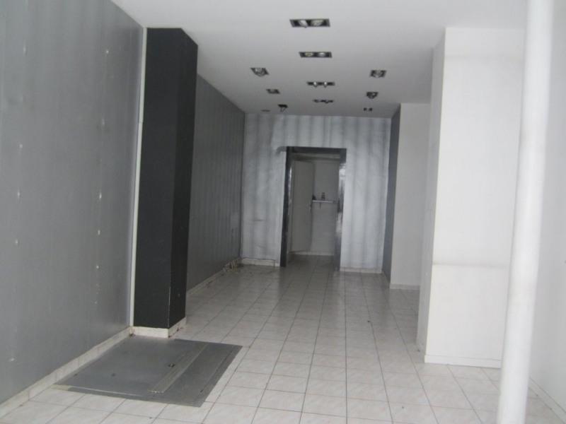 Rental empty room/storage Paris 11ème 1700€ CC - Picture 2