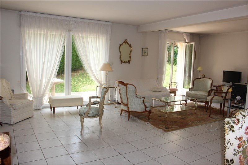 Sale house / villa Mareil-marly 750 000€ - Picture 1