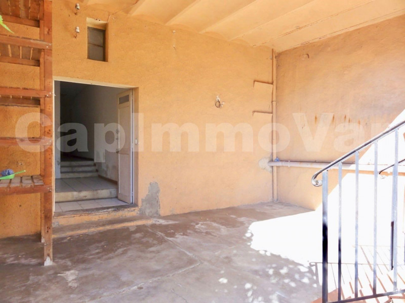 Vente maison / villa Le beausset 168 000€ - Photo 8