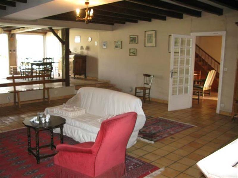 Vente maison / villa Saint-jean-d'angély 190800€ - Photo 6