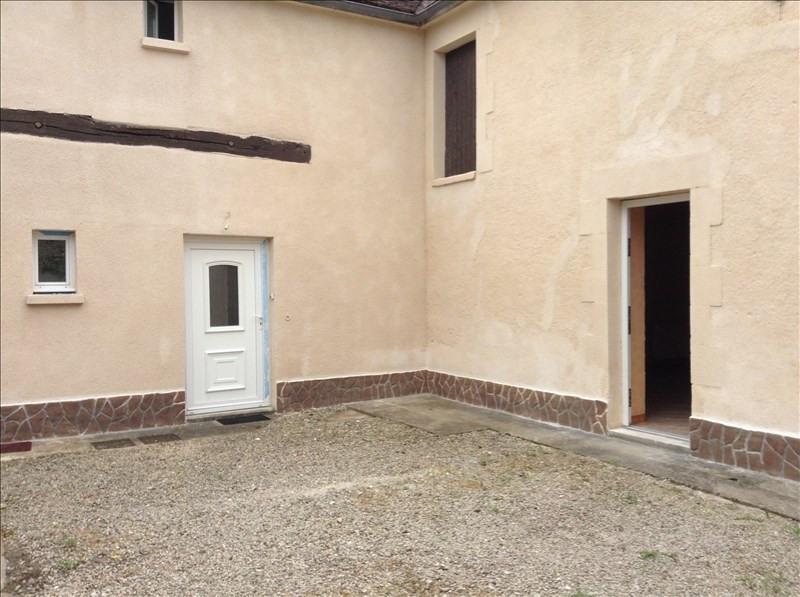 Rental apartment Maligny 380€ CC - Picture 1