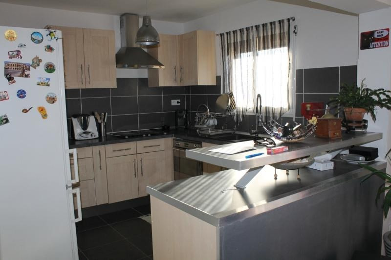 Rental house / villa Vergeze 950€ CC - Picture 3