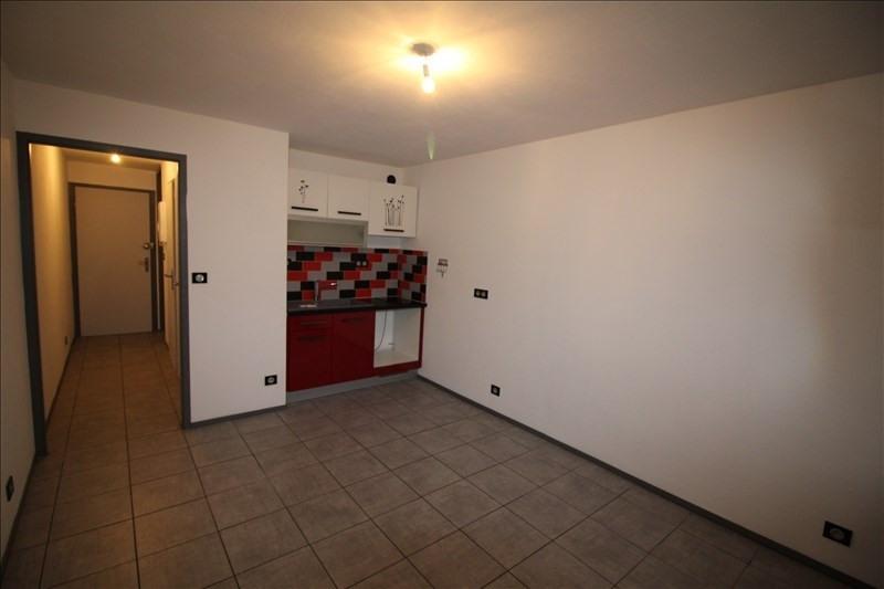 Rental apartment Sallanches 450€ CC - Picture 2