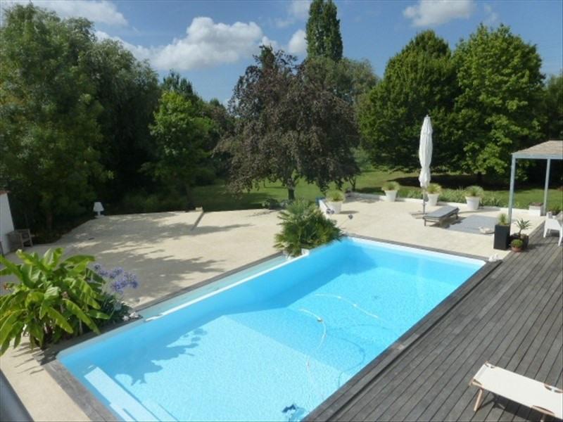 Vente de prestige maison / villa Rochefort 780000€ - Photo 1