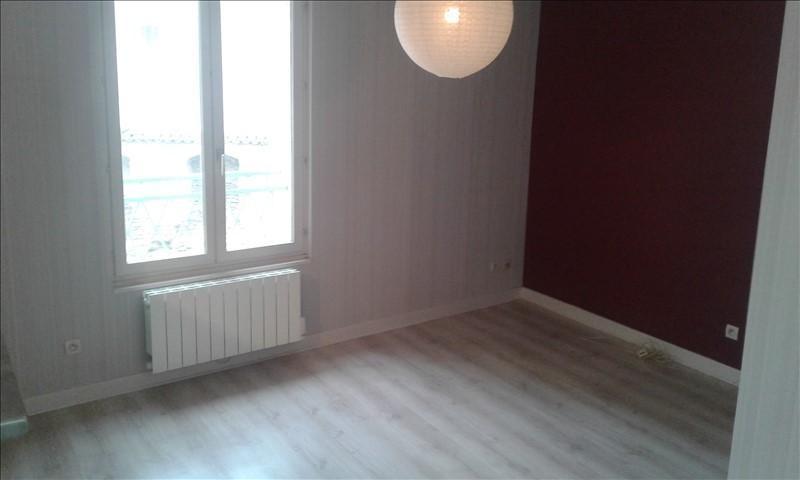 Verhuren  appartement St genis laval 690€ CC - Foto 4