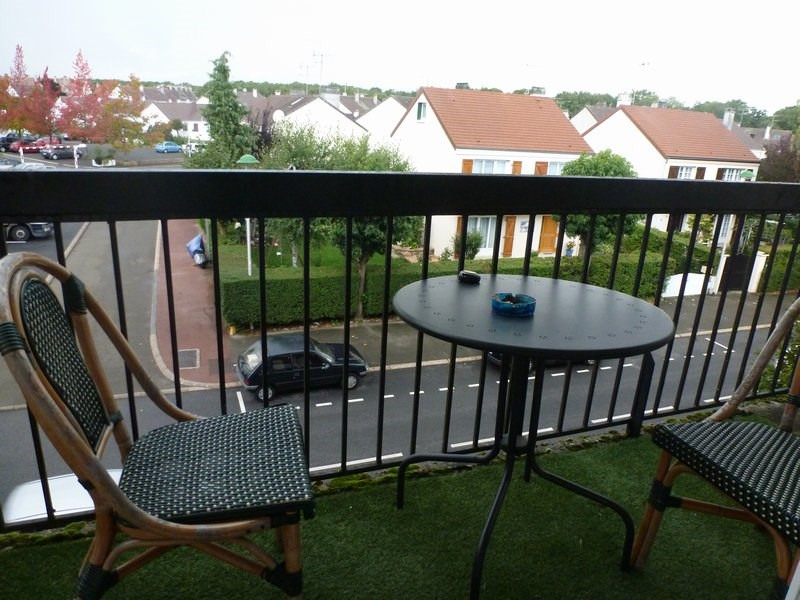 Rental apartment Maurepas 783€ CC - Picture 5