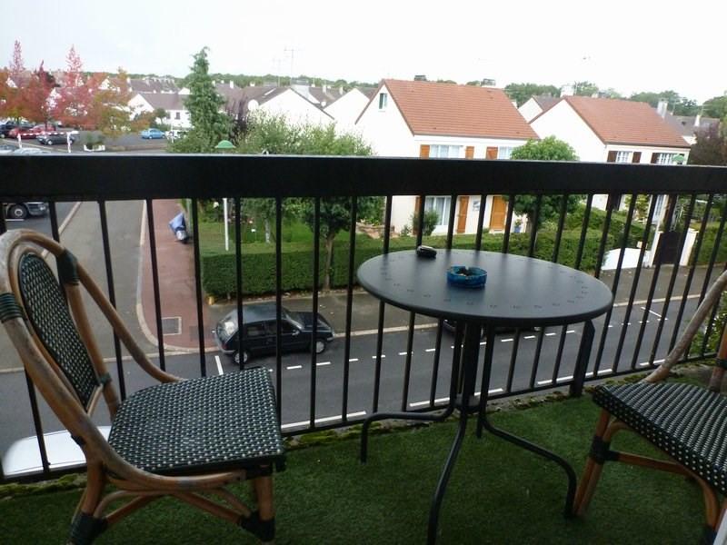 Location appartement Maurepas 783€ CC - Photo 5