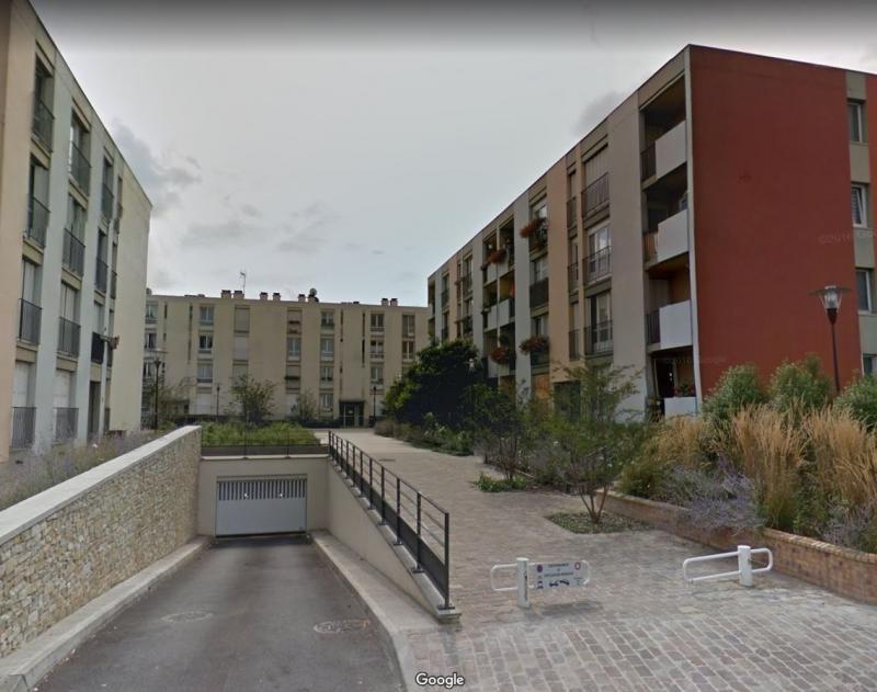 Verkoop  appartement Les ulis 122000€ - Foto 3