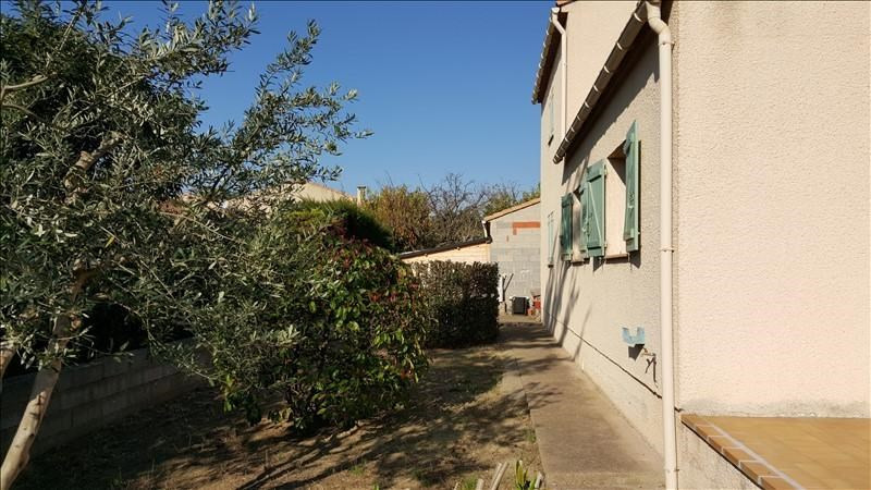 Location maison / villa Pezenas 850€ CC - Photo 2