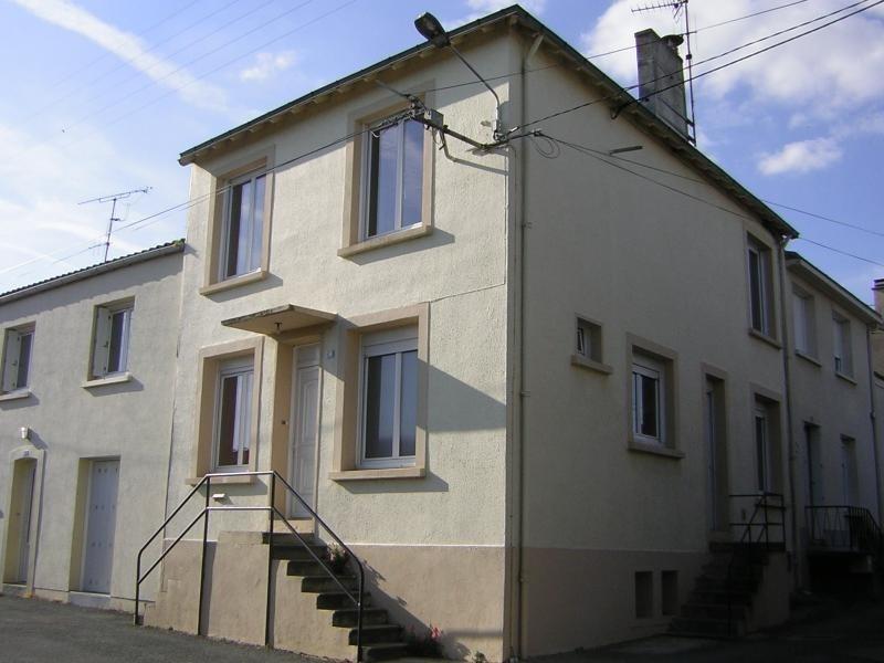 Sale house / villa La chapelle du genet 93440€ - Picture 1