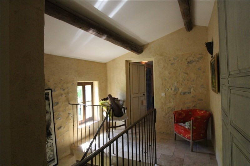 Vente de prestige maison / villa Mimet 707000€ - Photo 4