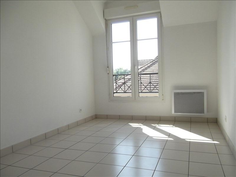 Rental apartment Voisins le bretonneux 1592€ CC - Picture 7