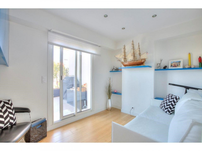 Deluxe sale apartment Nice 568500€ - Picture 13