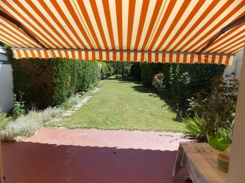 Sale house / villa Rueil malmaison 750000€ - Picture 1