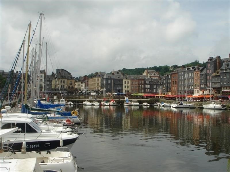 Commercial lease transfer shop Honfleur 98 000€ - Picture 2