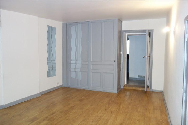 Rental apartment Le coteau 430€ CC - Picture 1