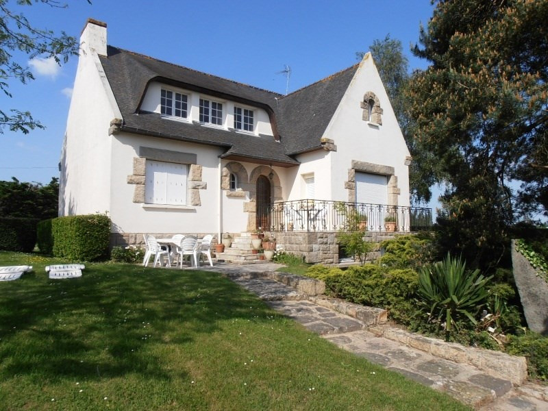 Sale house / villa Plancoet 215250€ - Picture 1