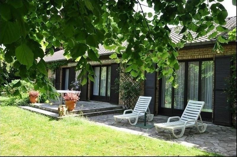 Sale house / villa St nom la breteche 850000€ - Picture 1