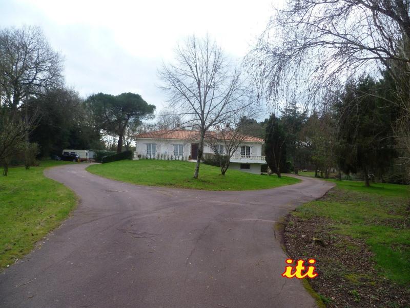 Deluxe sale house / villa Olonne sur mer 651000€ - Picture 2