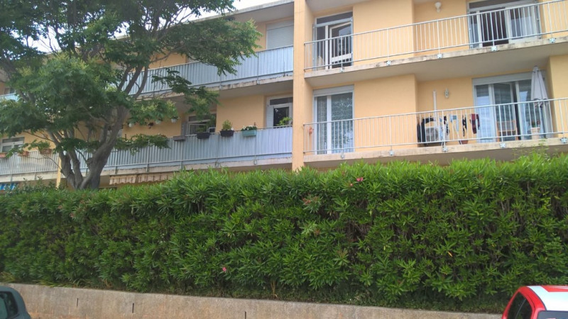 Venta  apartamento Six fours les plages 145000€ - Fotografía 1