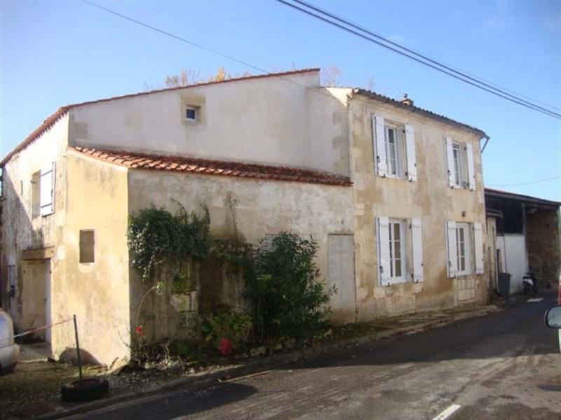 Sale house / villa Tonnay-boutonne 143700€ - Picture 8