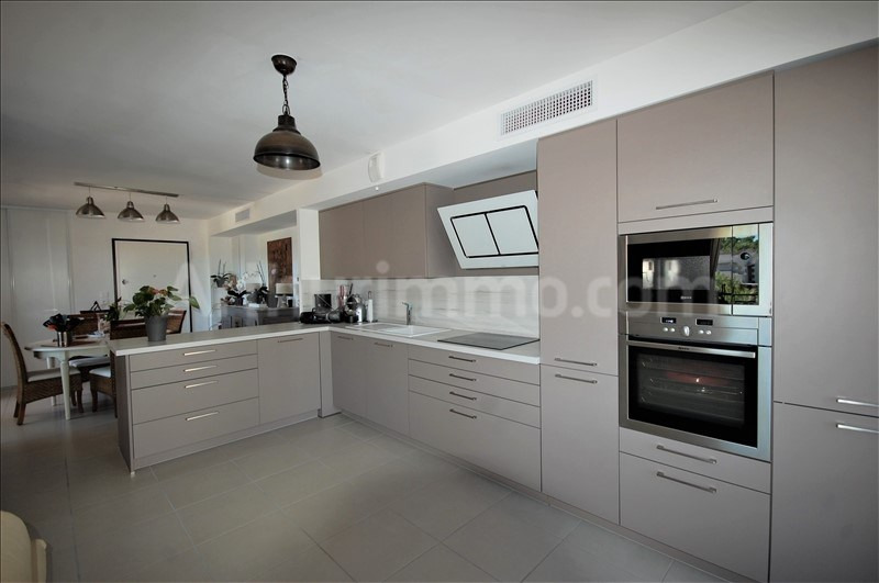 Sale apartment Frejus 529000€ - Picture 4