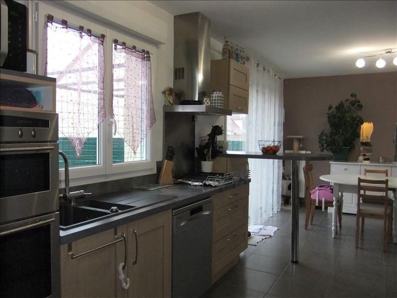 Sale house / villa St ay 193830€ - Picture 4