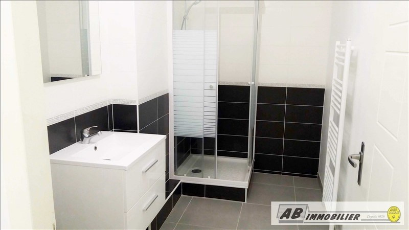 Location appartement Carrieres sous poissy 841€ CC - Photo 8