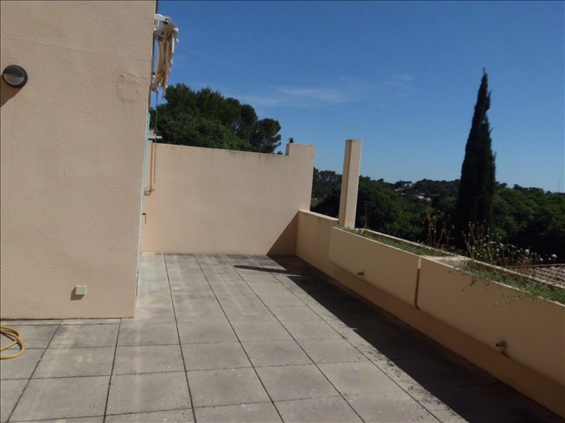 Sale apartment Nimes 288 900€ - Picture 6