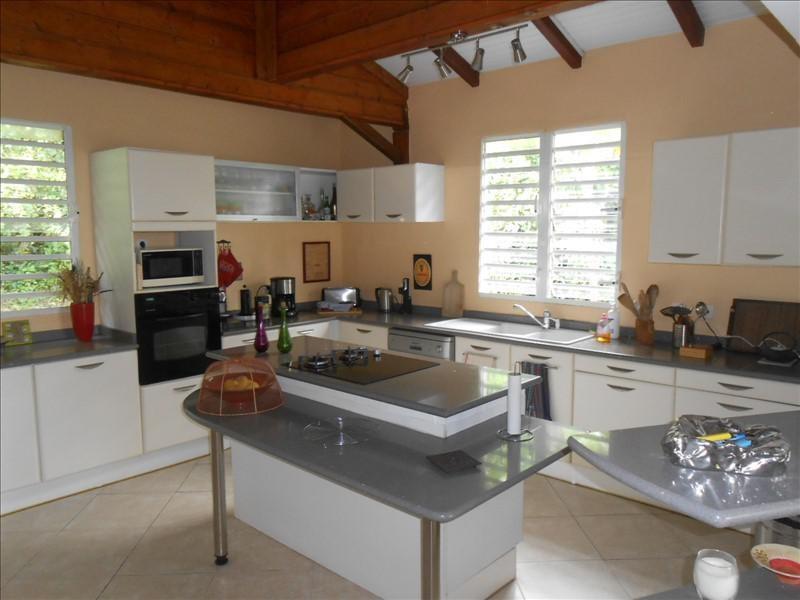 Sale house / villa St claude 365000€ - Picture 3