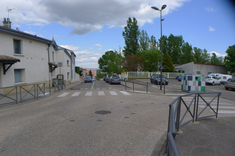 Location appartement Irigny 341€ CC - Photo 2