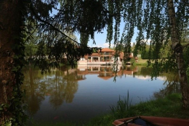 Vente de prestige maison / villa Saint-vincent-de-boisset 735000€ - Photo 1
