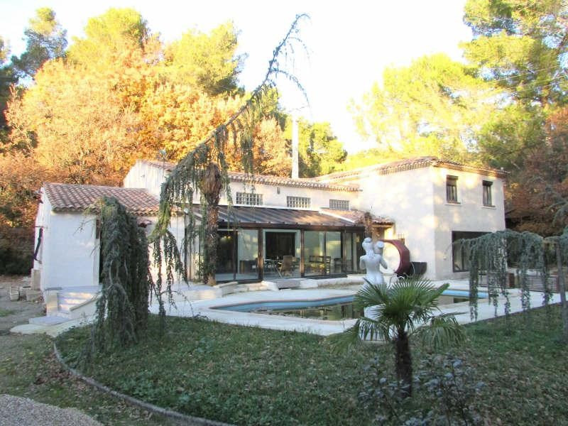 Deluxe sale house / villa Salon de provence 670 000€ - Picture 1