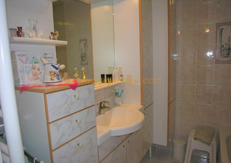 Life annuity apartment Antibes 240 000€ - Picture 9