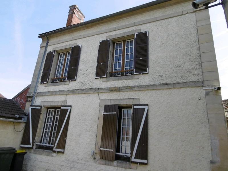 Vente maison / villa Cires les mello 220000€ - Photo 1
