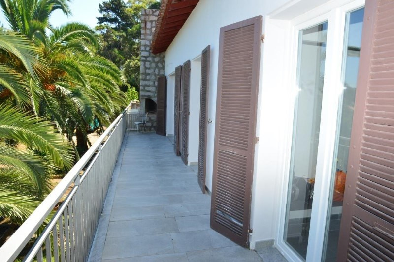 Sale apartment Verghia 325000€ - Picture 2